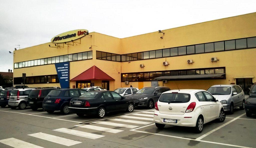 """free shipping 5e144 b2844 Il gruppo Globo acquista 13 negozi ex """"Mercatone Uno ..."""