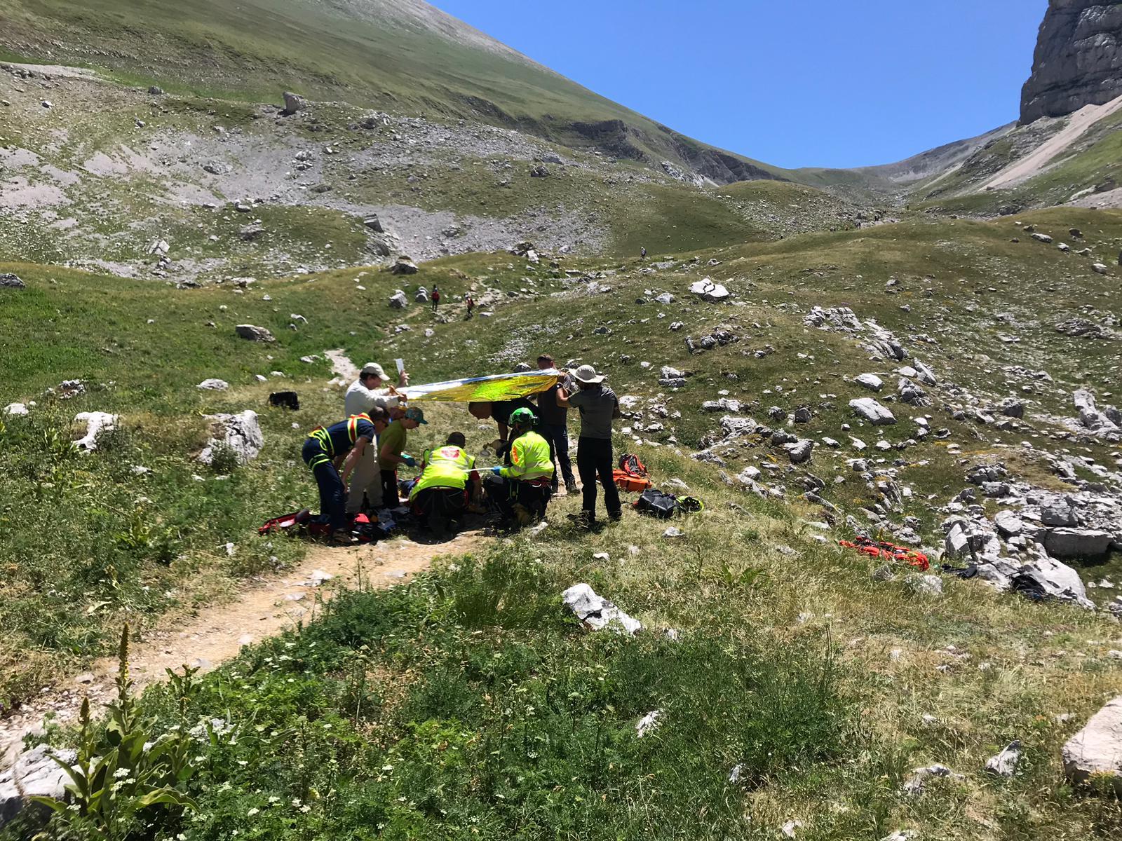 soccorso-alpino-al-lago-di-pilato-3