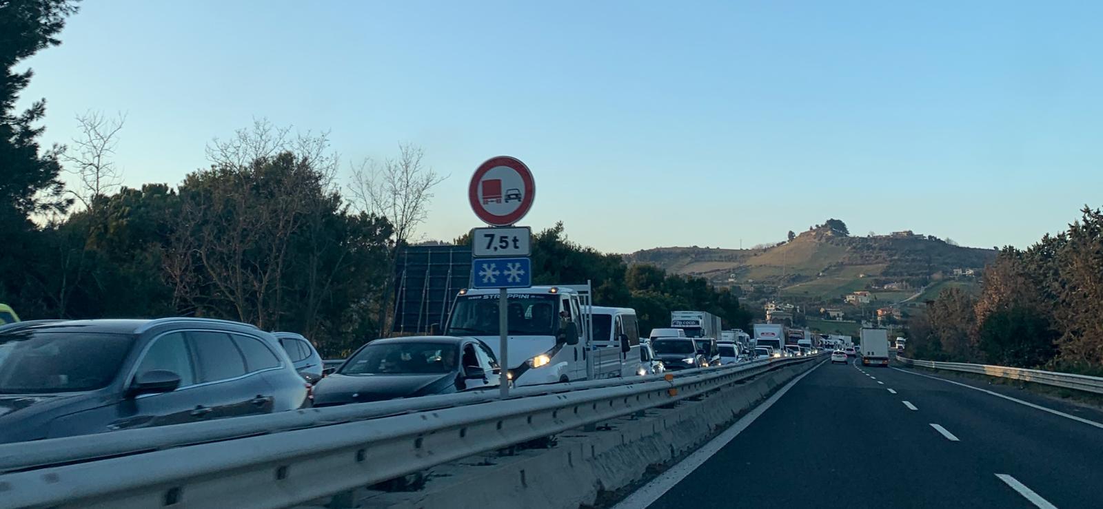 autostrada-coda-21-febbraio-2020