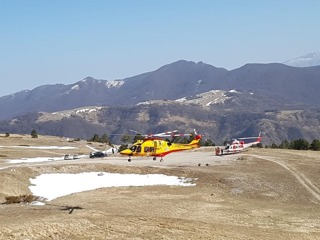 soccorsi-vettore-elicottero-vigili-e-icaro